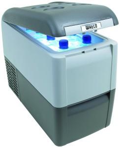 Waeco Kühlbox: WAECO 9105303457 CoolFreeze CDF 26 Kühl und Gefrierbox, 12/24 Volt DC